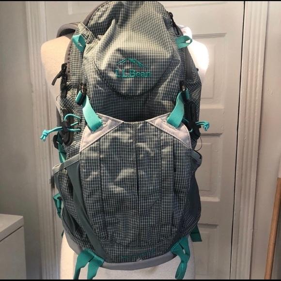 d158ec505 L.L. Bean Bags | Womens Day Trekker 20 Hiking Pack | Poshmark